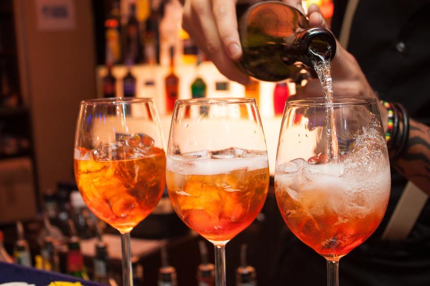 Aperol und Champagner Cocktails