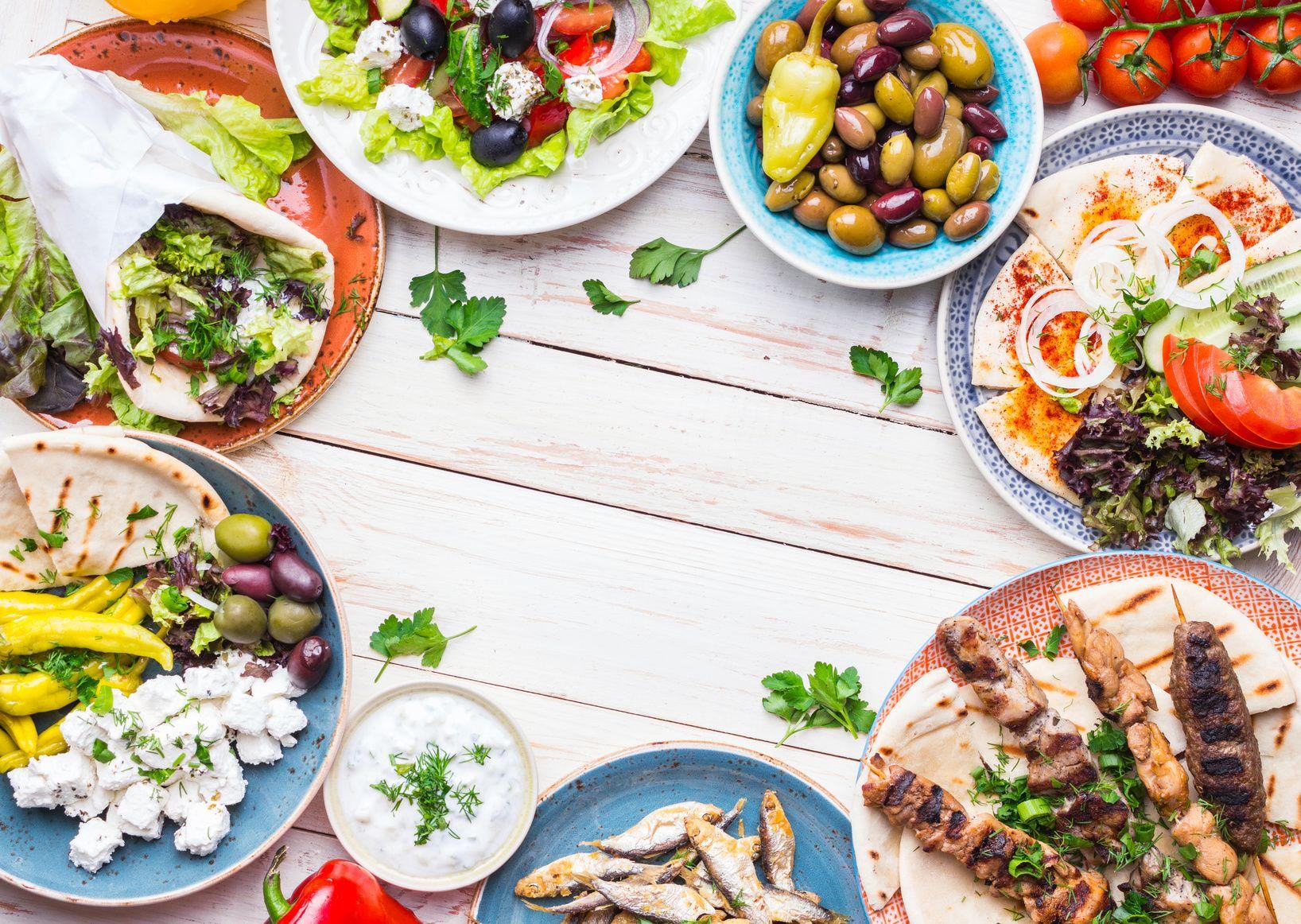 Auswahl mediterraner Speisen