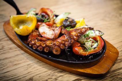 Griechischer Octopus mit Gemüse